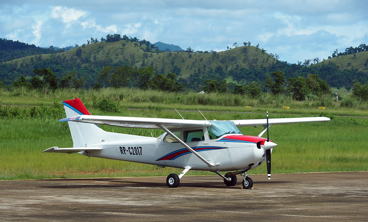 plane on busuanga airport, philippines