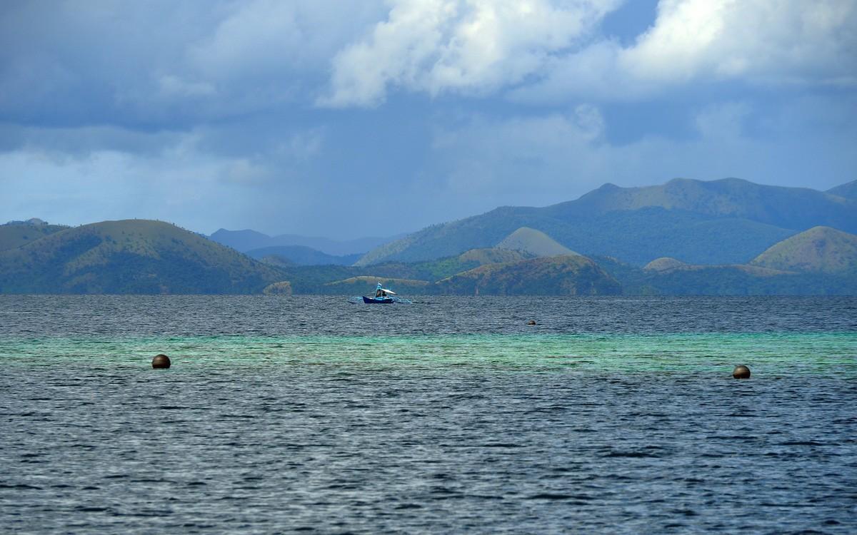 Swim in the open sea near Busuanga