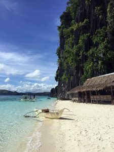 boat-on-banul-beach-palawan