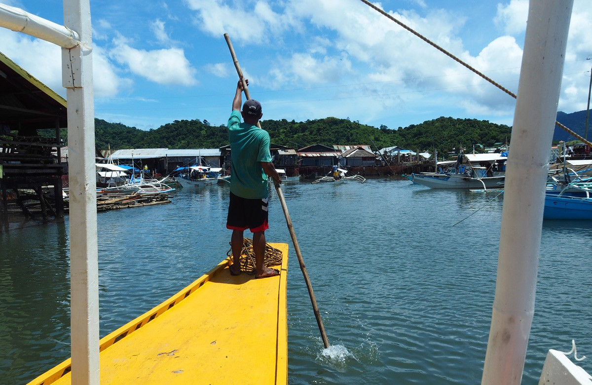 How to Rent a Boat - Busuanga Island, Philippines