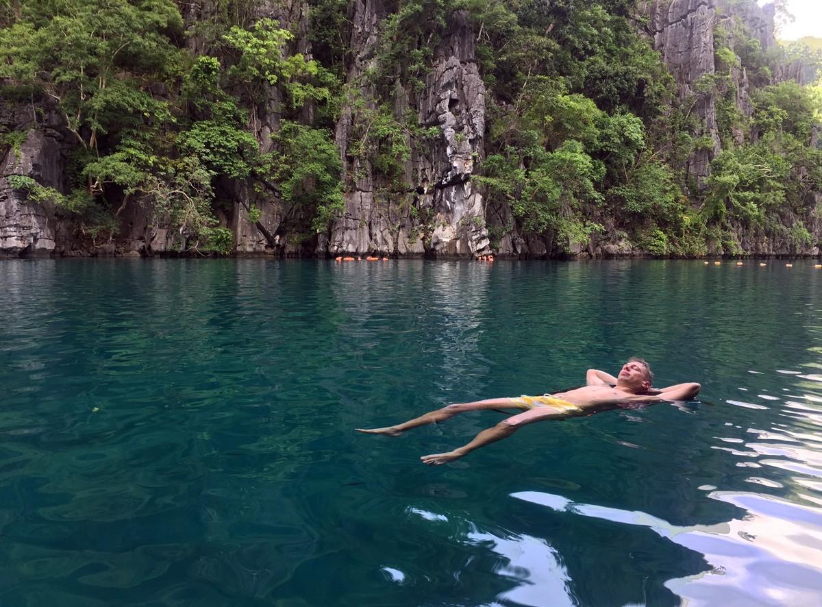 Relax on Kayangan Lake, Coron, Palawan