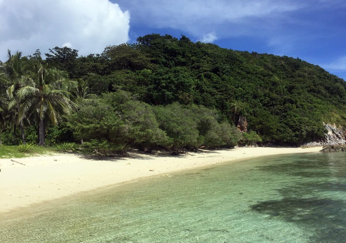 Malcapuya island travelblogstories