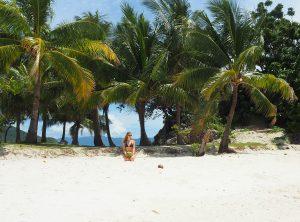 malcapuya-island-beach