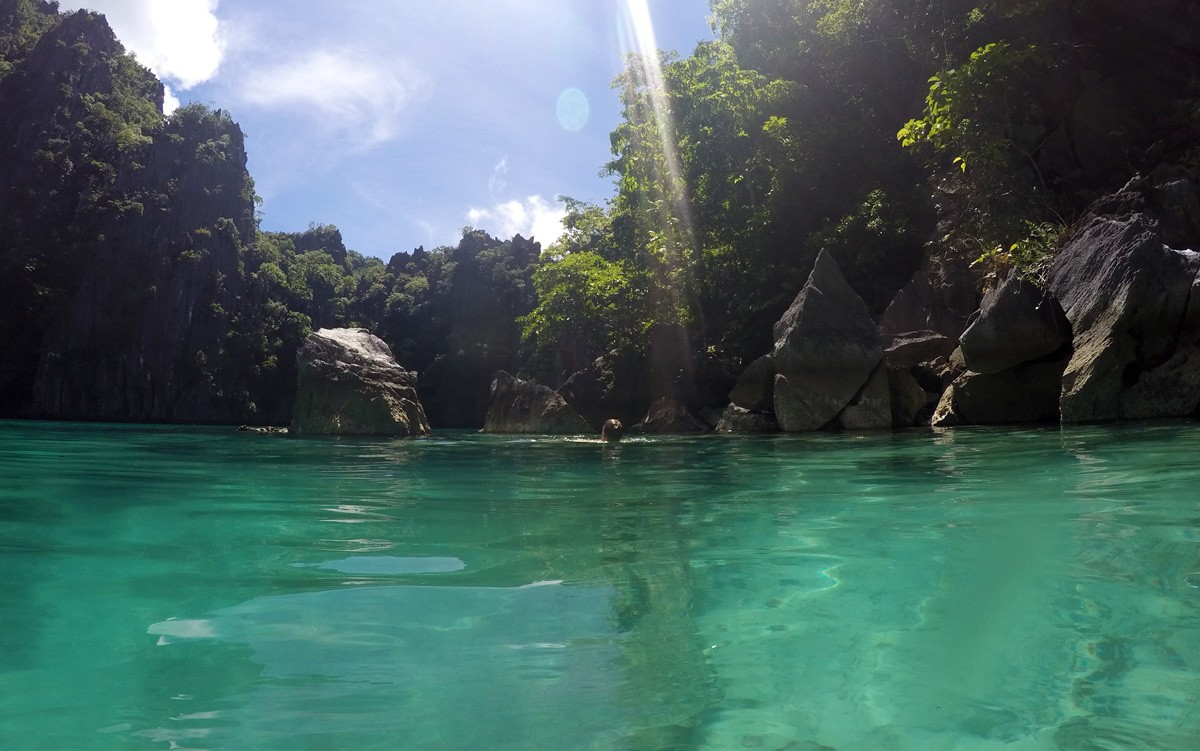 Crystal clear water in Twin Lagoon, Palawan