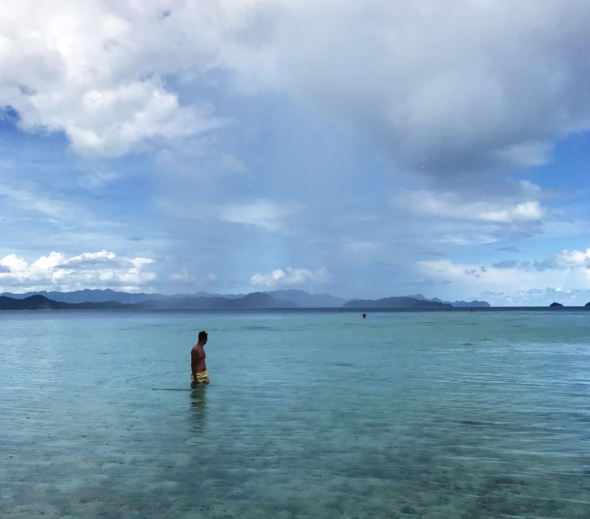 Cheron island palawan snorkeling