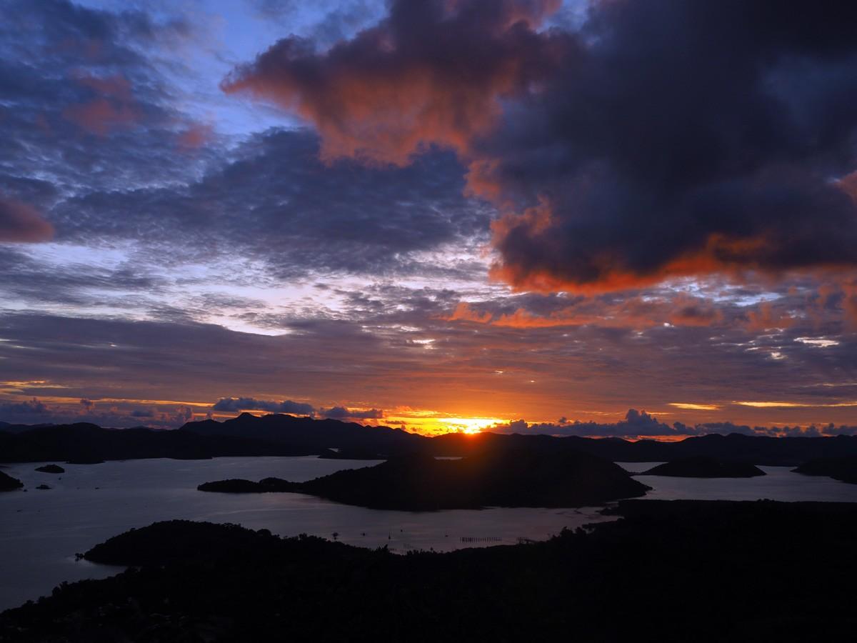sunset-mt-tapyas-philippines