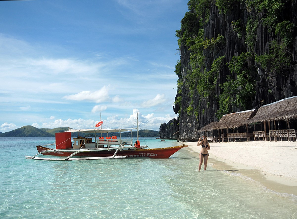 Nastya on banol beach, coron, Philippines - Travelblogstories
