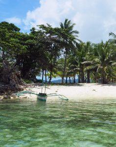tourist-boat-malcapuya-philippines