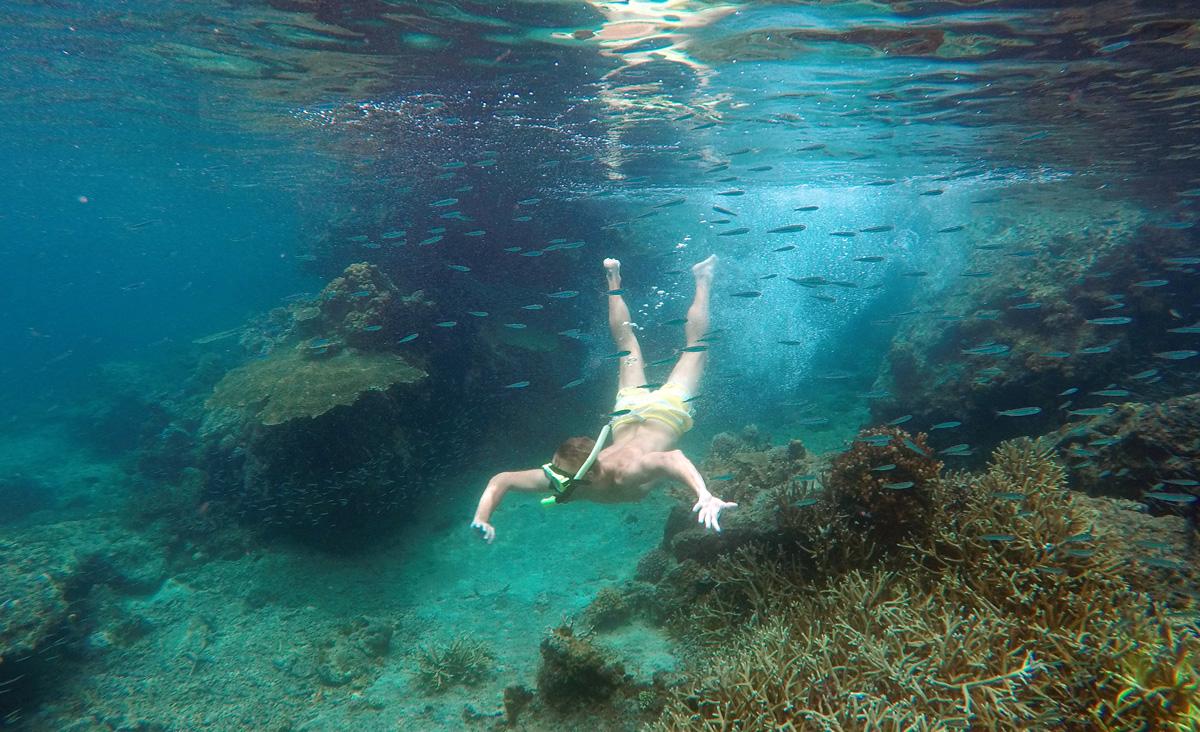 andrei_snorkeling_popocan_palawan