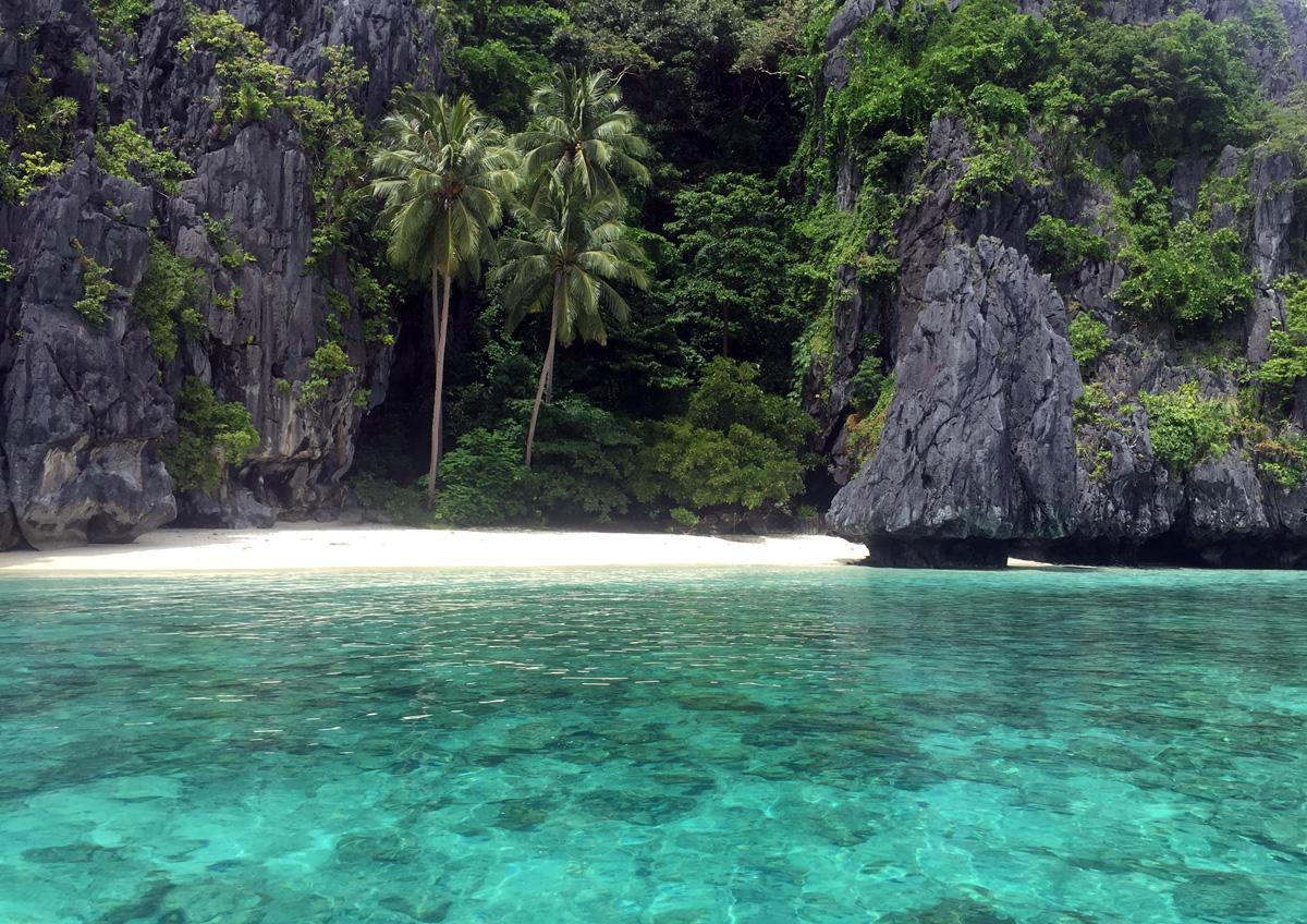 entalua_beach_palawan