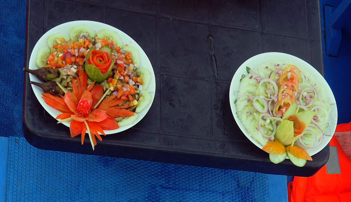 lunch_boat_elnido_palawan