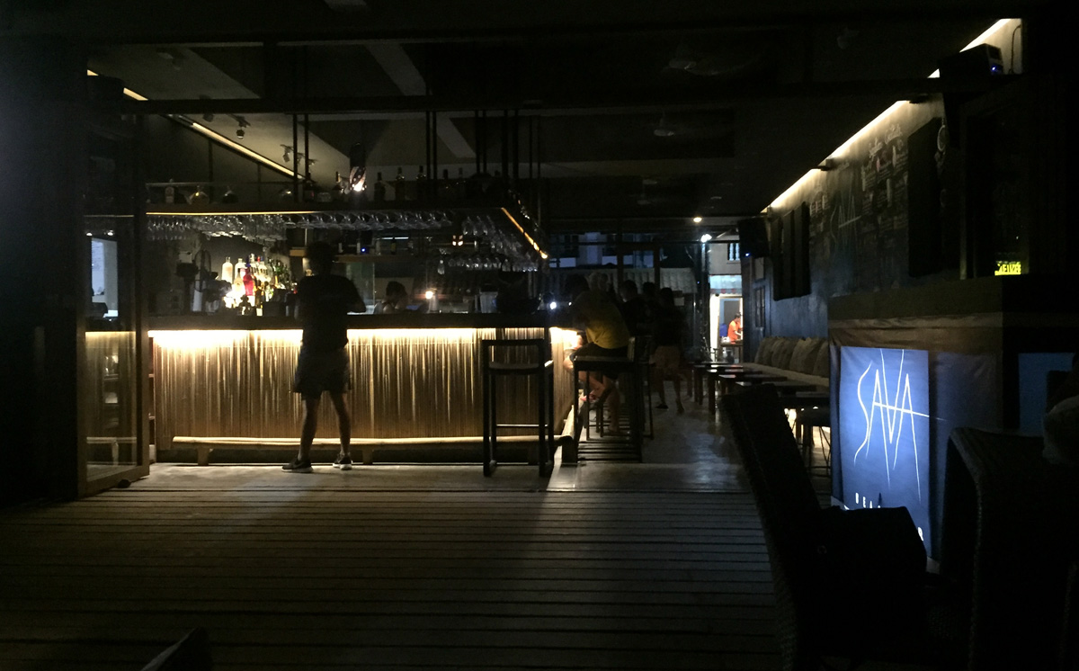 beach bar palawan