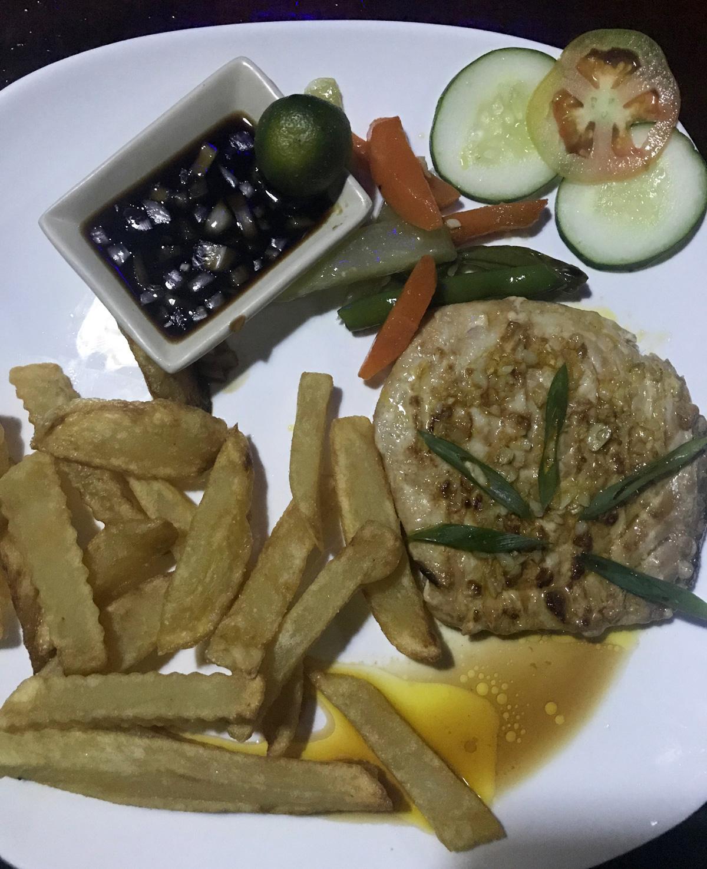 fish_in_cockonuts_cebu_moalboal