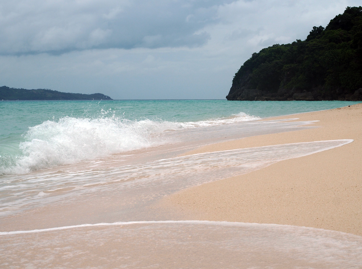 boracay_puka_beach_images