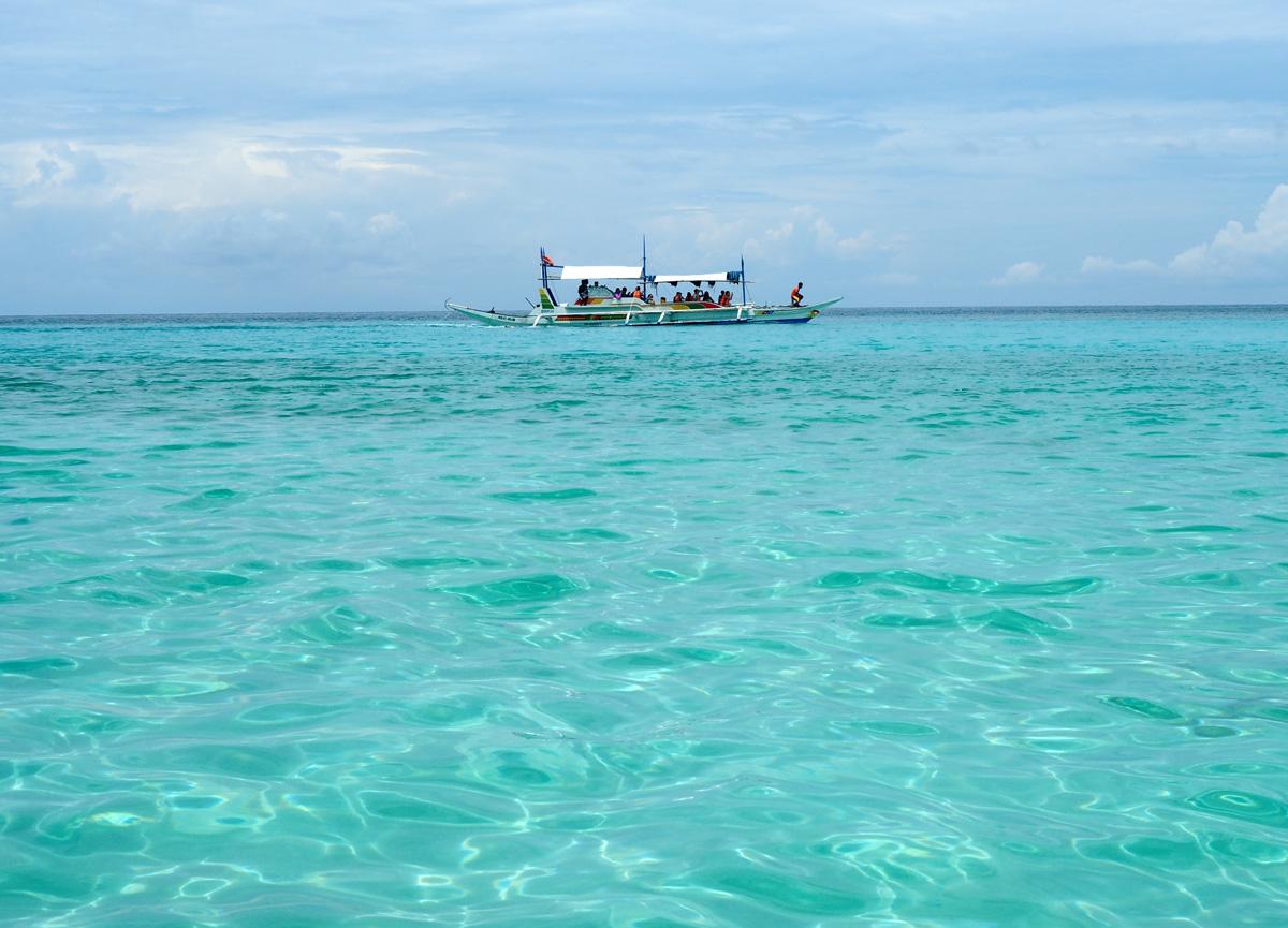 boracay_tourist_boat_photo