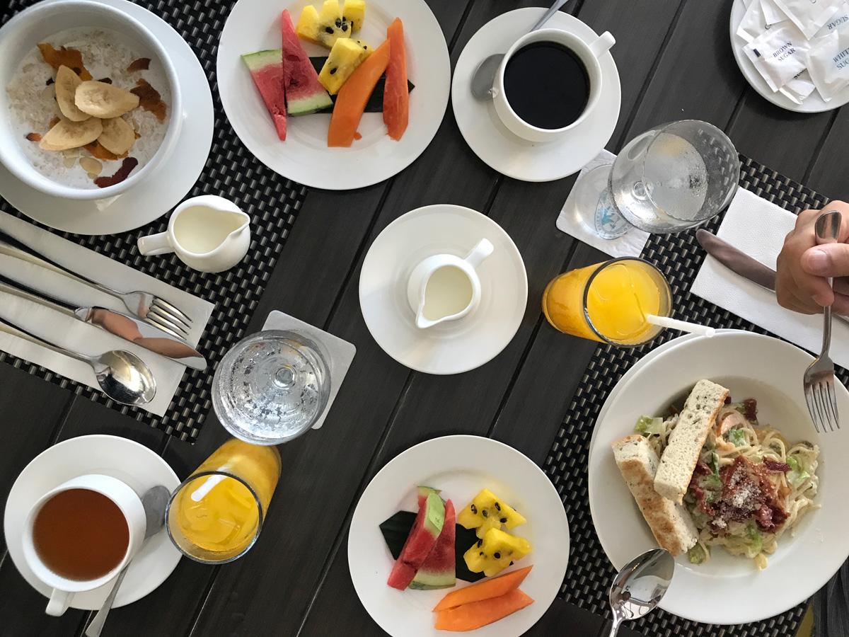 breakfast_fairways_bluewater_boracay