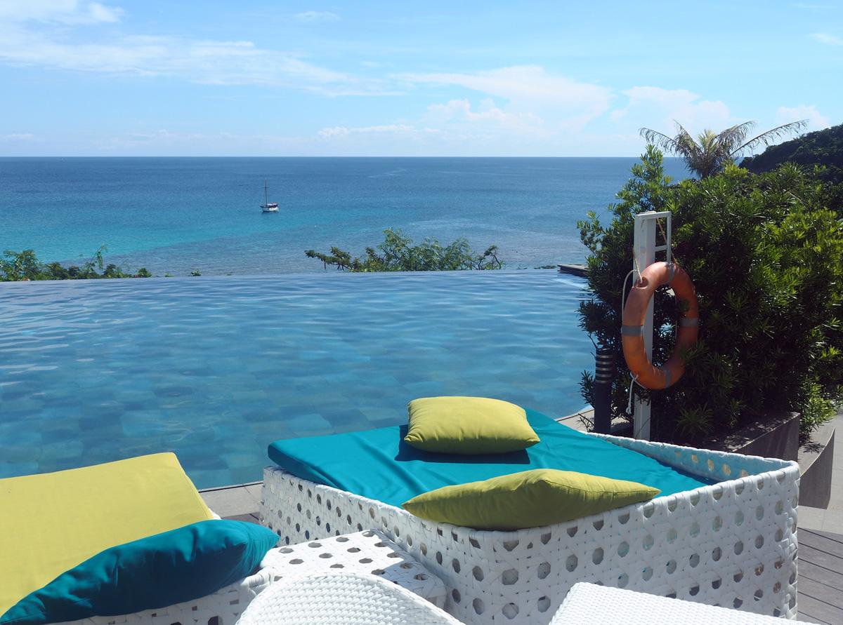 pool_resort_fairways