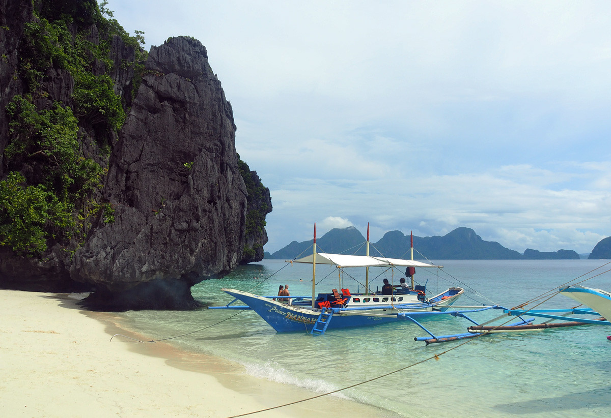 tourist_boat_elnido