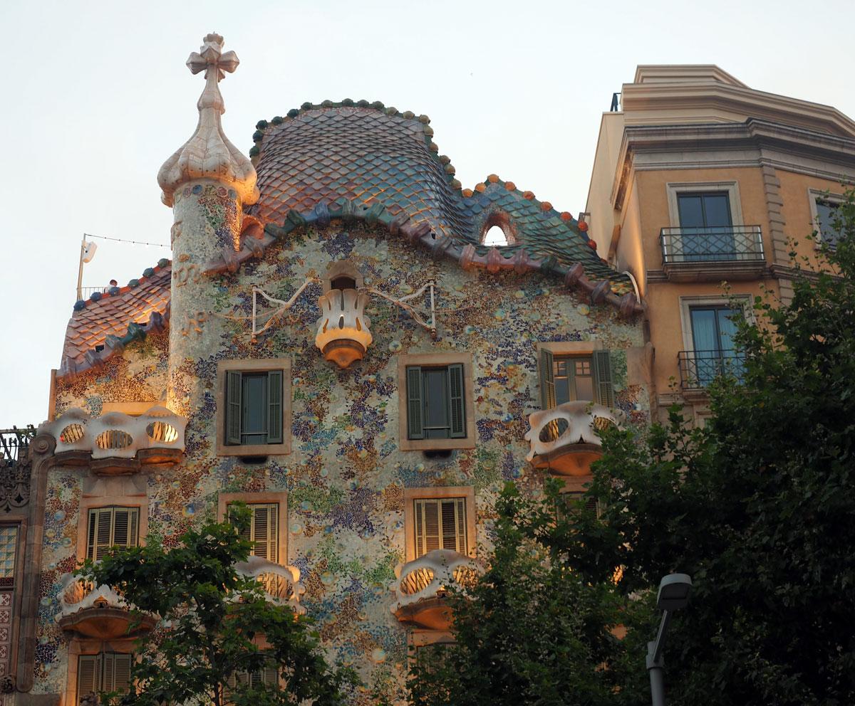 close_up_casa_batlló