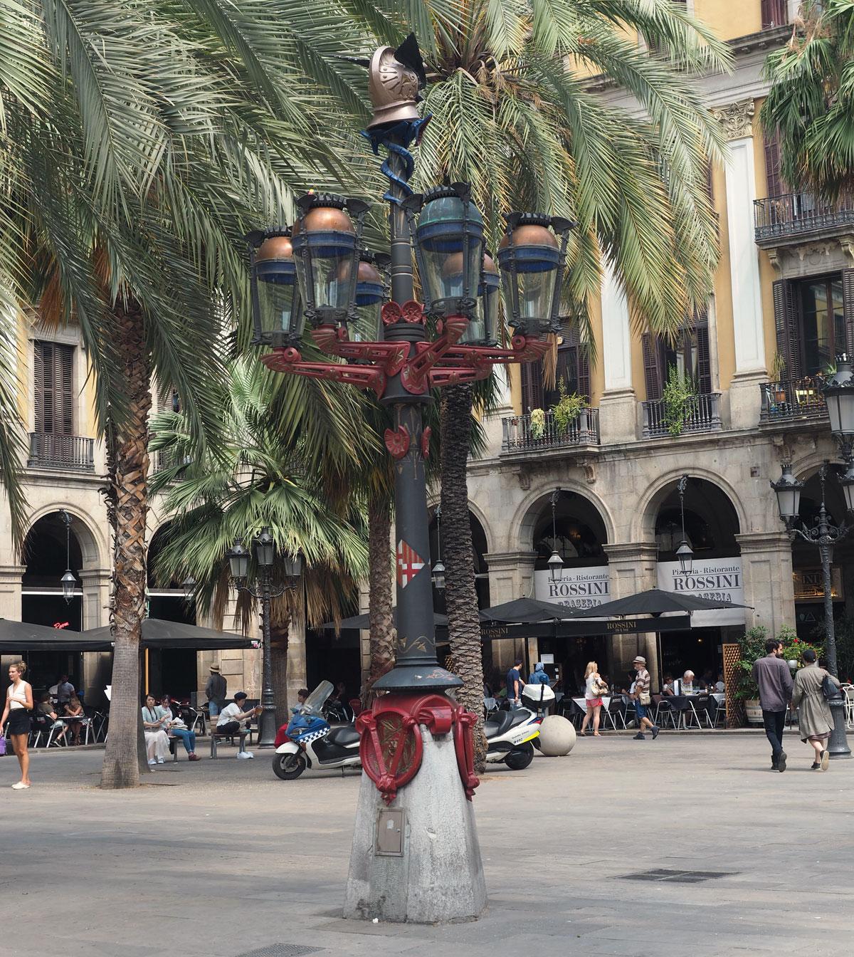 plaza_real_barcelona