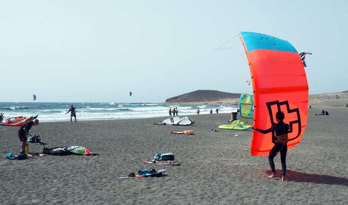 kitesurfing_leocadio_machado