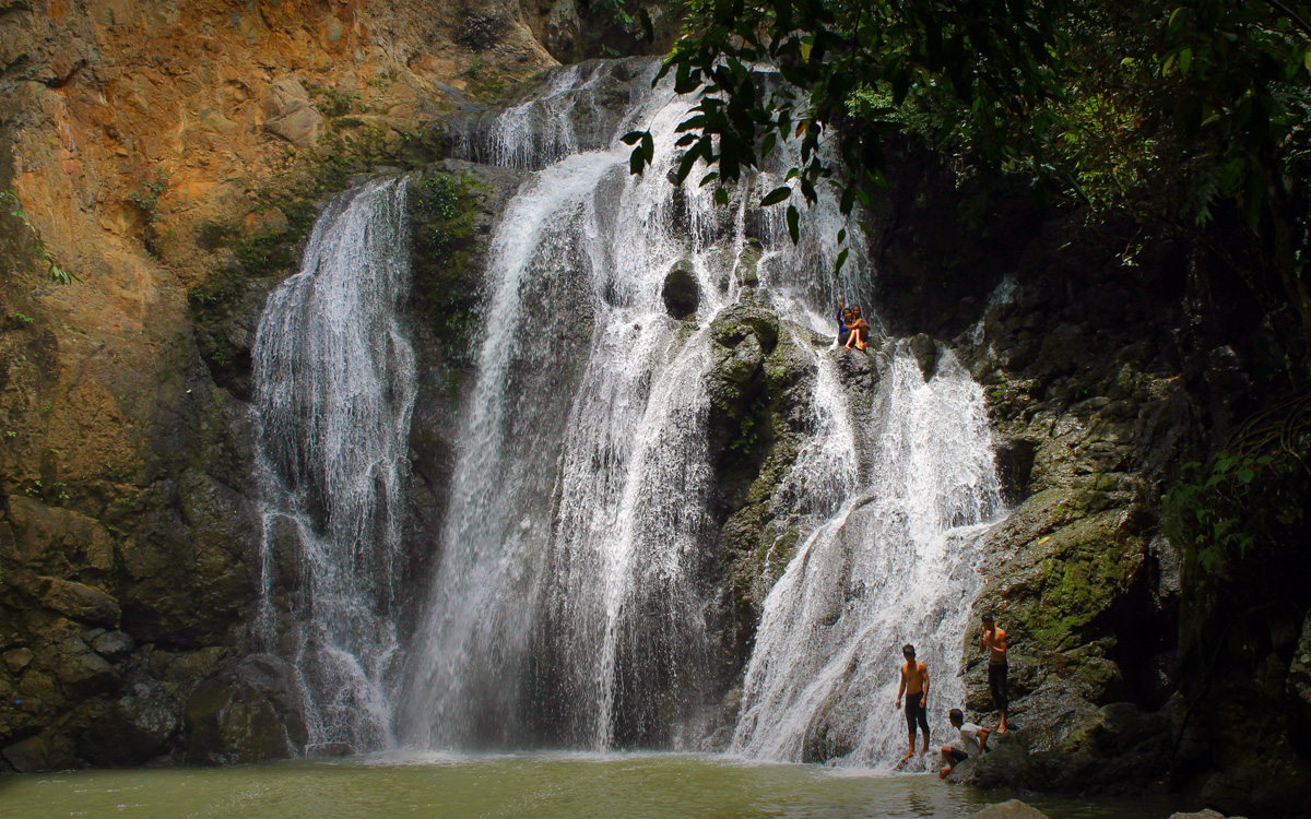 kawasan-falls-bohol