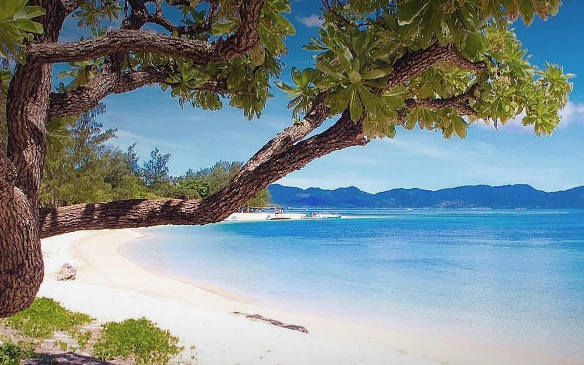 anguib_beach_luzon