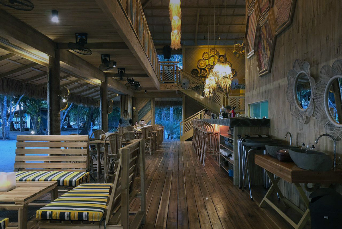 Jungle Bar El Nido